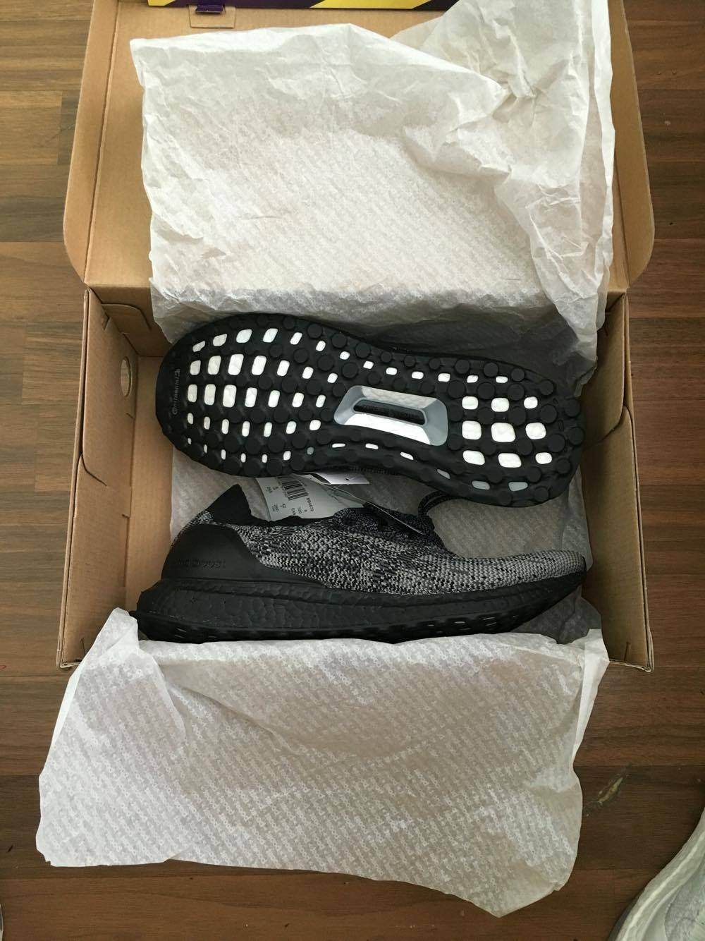 adidas ultra boost black size 9
