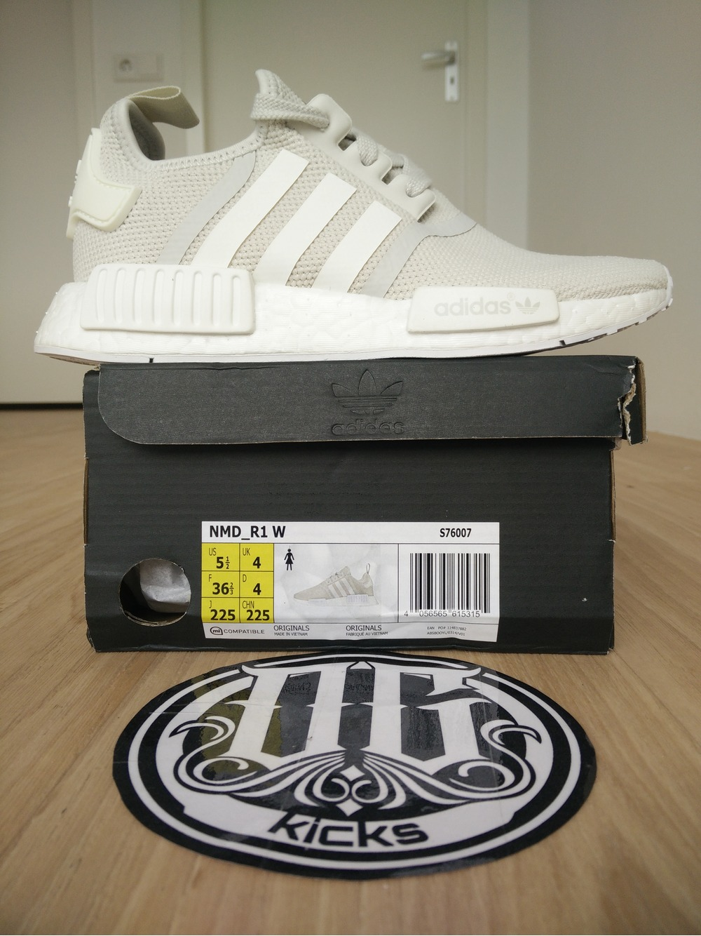 Adidas NMD R1 Nomad BB2885 Black Red size 8 13