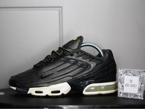a26f186fd4 ... black 64ff7 dd652 new zealand nike air max plus tuned 3 b955d 11987 ...