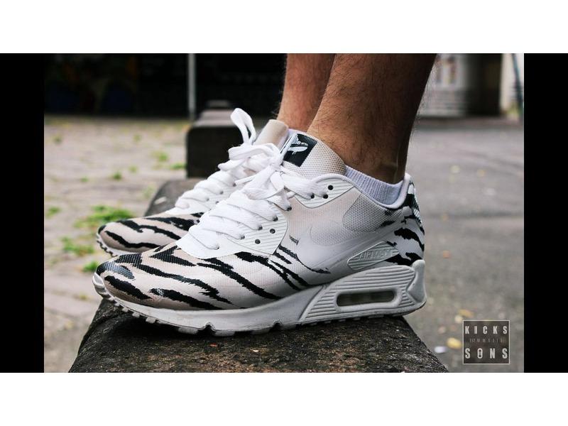 ... Nike Air Max 90 White Indipendent Custom Job Zebra-Look - photo 11 . ... ee612a3066