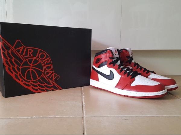 Nike Air Jodan 1 - photo 1/6