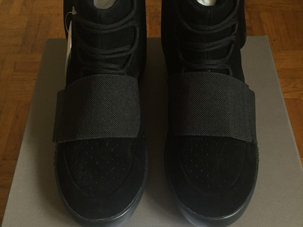 Adidas Yeezy Boost 750 Triple Black - photo 1/7