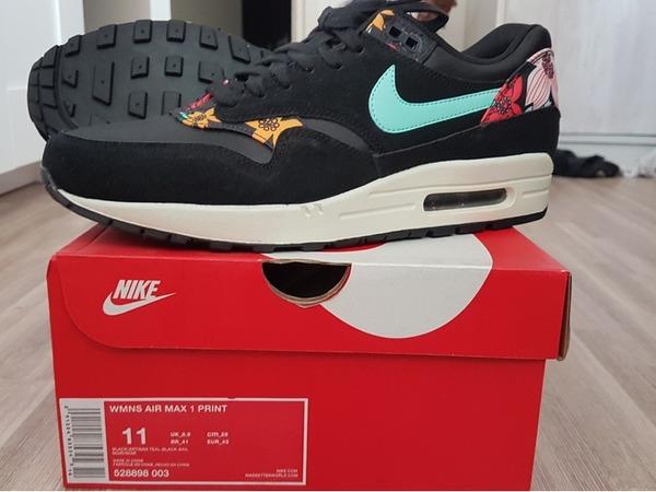 Nike Air Max 1 Premium Grijs