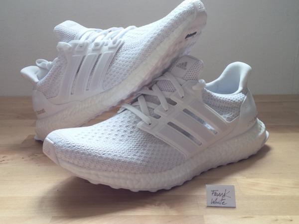 Adidas Ultraboost Ultra Boost Triple White - 9us, 10us - photo 1/3