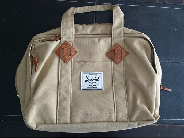 Herschel Supply Oak Messenger Bag - photo 1/2