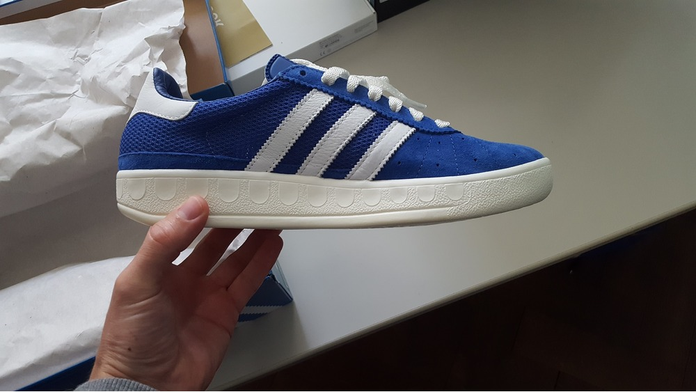 competitive price 7f494 6b5d7 Adidas Royal Blue Munchen Adidas Royal Blue Munchen - Shot 1 Adidas  Consortium München - photo 25 ...