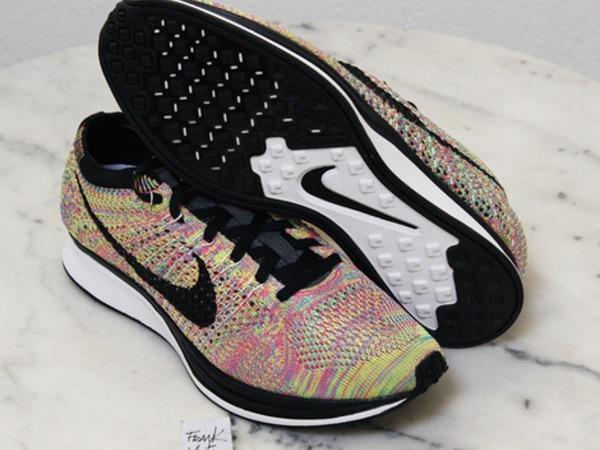 Nike Flyknit Racer Multicolor Rainbow 10,5us/8,5us/8us - photo 1/3