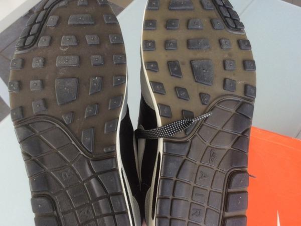 Nike Air Max 1 Hold Tight - photo 2/8