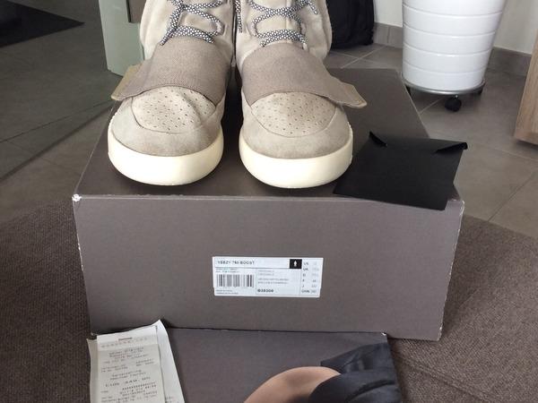 Adidas Yeezy Boost 750 Size 12 - photo 1/9