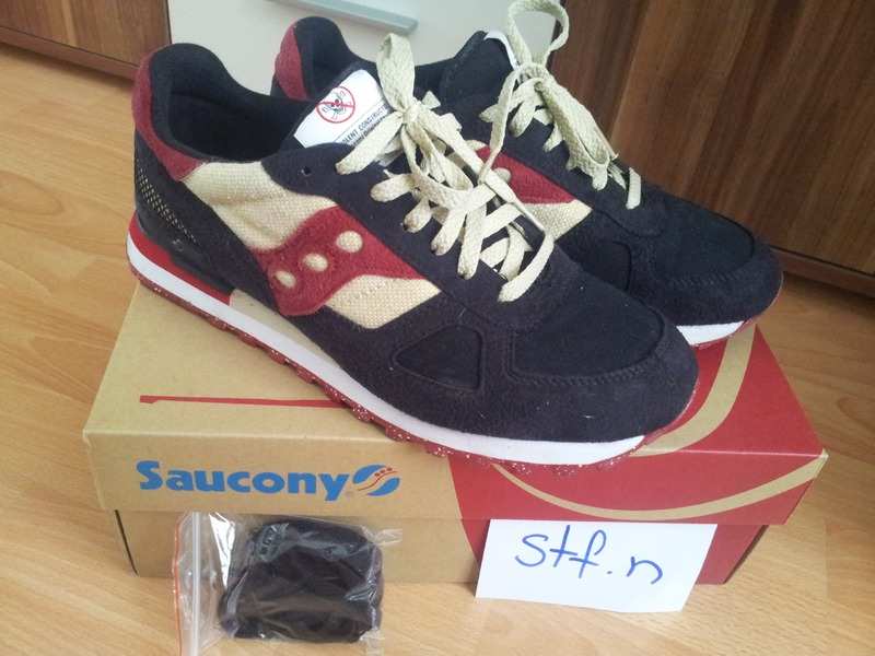 saucony cruel world 2 for sale