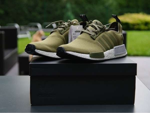Adidas NMD R1 Footlocker Exclusive - photo 1/4