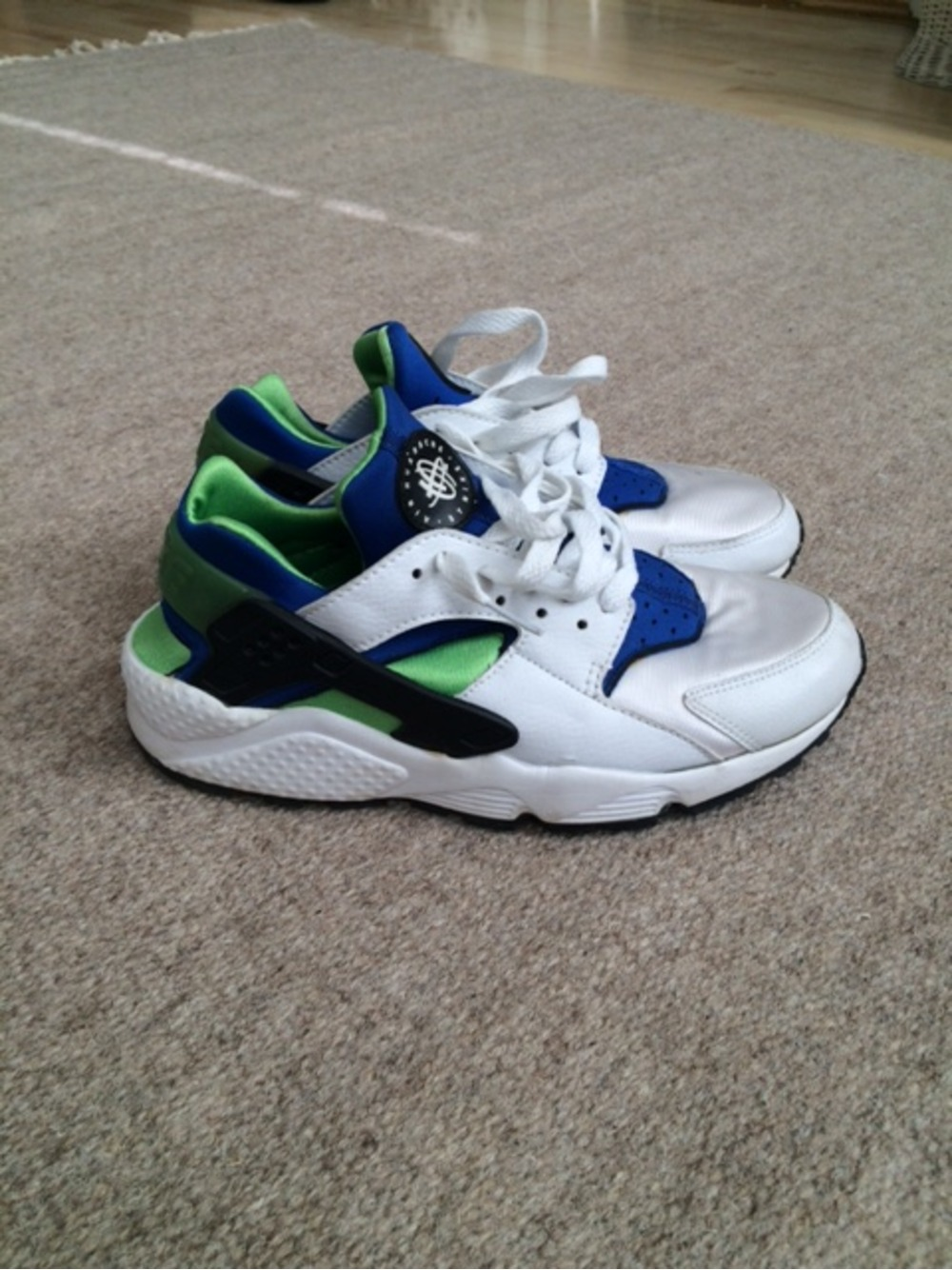 nike air huarache scream green 1999 us8 eur41 725551. Black Bedroom Furniture Sets. Home Design Ideas