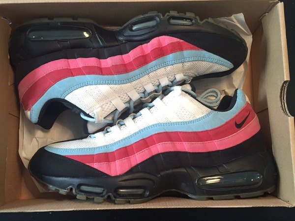 c9a3a478290 ... low price running man nike air max 95 parra 0692f 5d76c ...