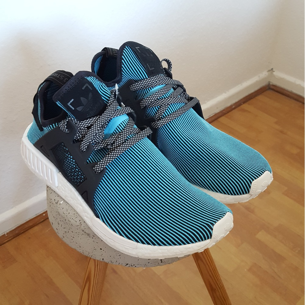Adidas NMD R1 Primeknit Gum Throwback Sneakers