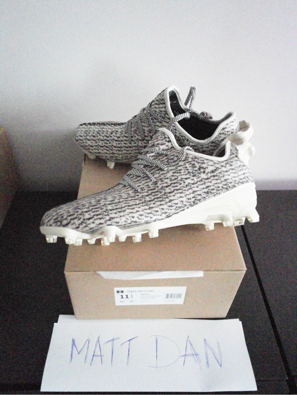 Texans' Hopkins shows off Yeezy 350 cleats