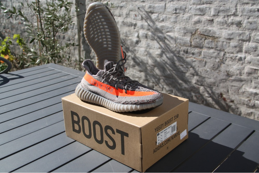 adidas Yeezy Boost 350 V2 Core Black White Oreo BY1604 Kanye
