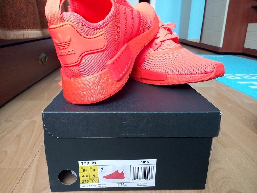 28ab2536fd10 adidas nmd triple red