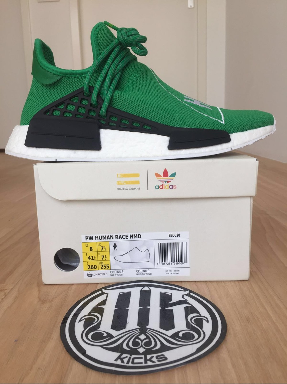 Comparison Video Adidas NMD Human Race Red Fake PK Real