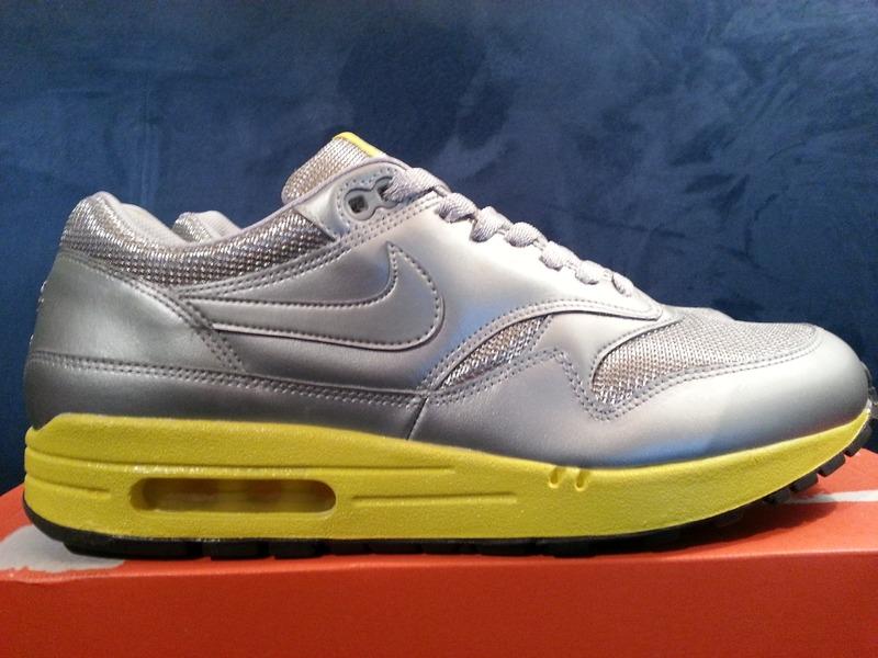 online store b1862 a98e7 nike air max 1 silver yellow