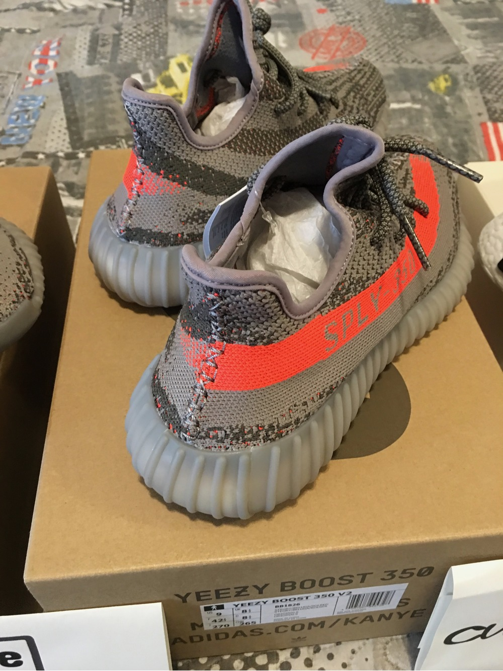 KoF Live: Unboxing The adidas Yeezy Boost 350 V2 Beluga Made Me