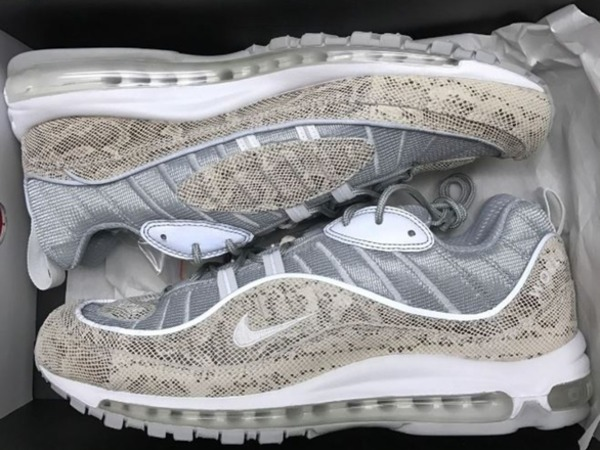 <strong>Nike</strong> <strong>Air</strong> <strong>Max</strong> <strong>98</strong> <strong>x</strong> <strong>Supreme</strong>, snake skin, US 12, DS - trade for US13 welcome - photo 1/1