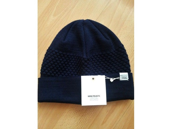 <strong>Norse</strong> <strong>Projects</strong> Bubble Stripie Beanie Navy - photo 1/1