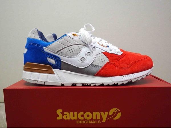 "Saucony Shadow 5000 x Sneakers76 ""The legend of god Taras"" - photo 1/3"