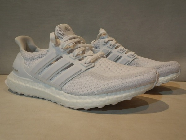 <strong>ADIDAS</strong> <strong>ULTRA</strong> <strong>BOOST</strong> M 2.0 <strong>TRIPLE</strong> <strong>WHITE</strong> SIZE 8US - 159€ - photo 1/7