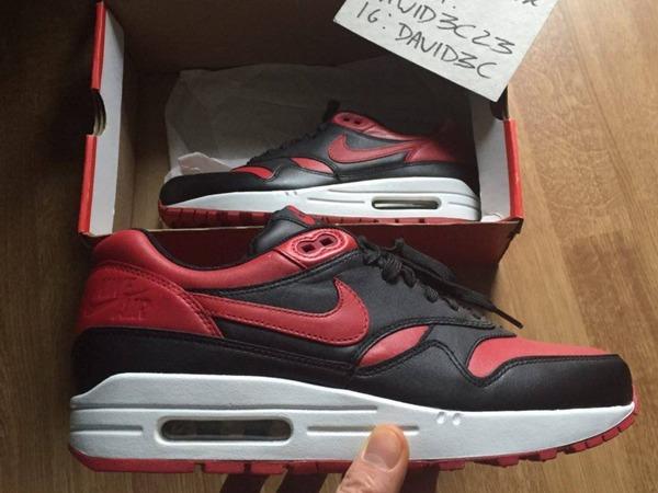 Nike Air Max 1 Valentines Bred qs - photo 1/1
