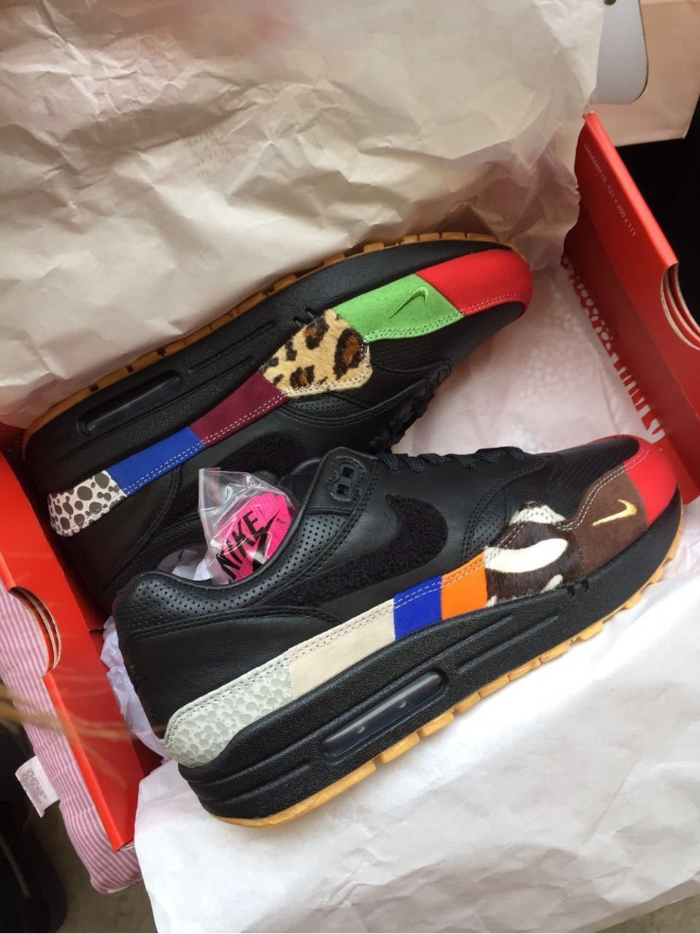 finest selection 968e9 a494c Air Max 1 Masters Custom Friends and Family by Vick Almighty