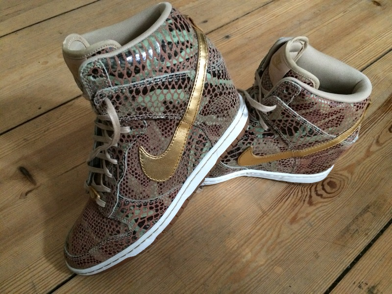 best service b882f 1af67 ... womens nike dunk sky high year of the snake qs ...