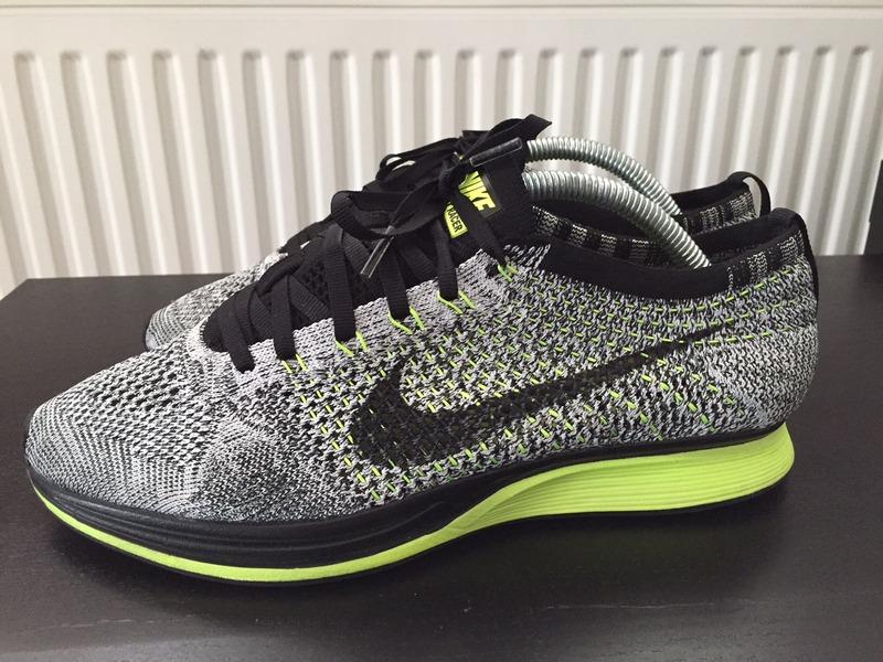 Nike Flyknit Oreo Volt