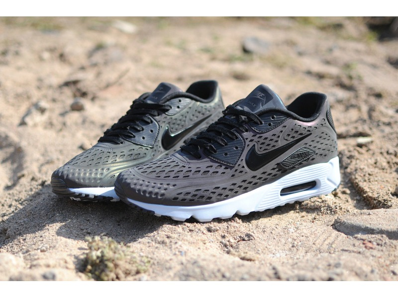Nike Air Max 90 Ultra Moire Iridescent Pack QS Holographic US 10