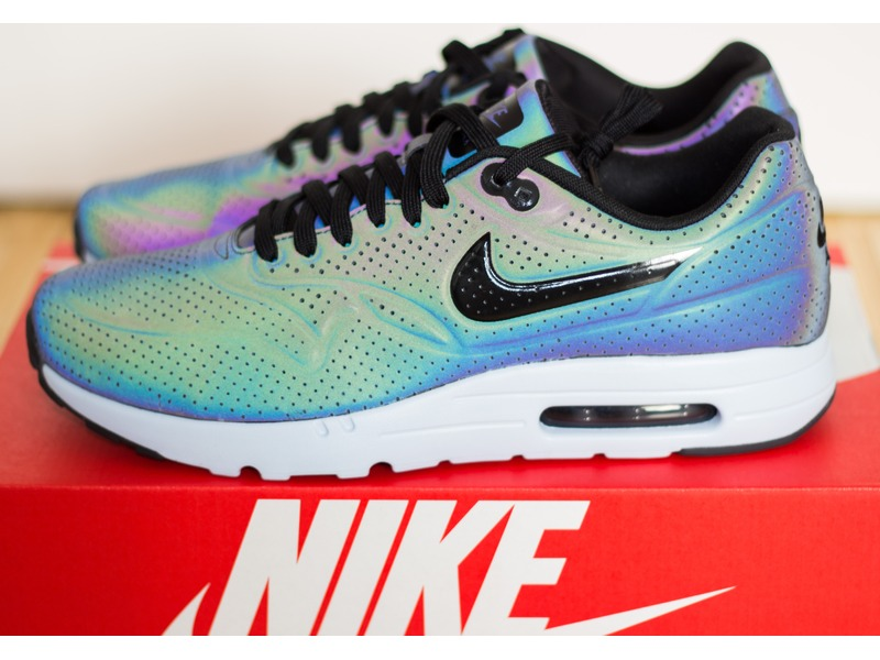Nike Air Max Ultra Moire Holographic