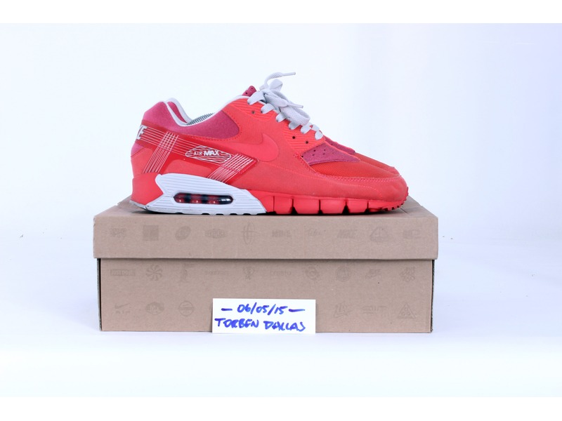 nike air max 90 current huarache hot red 166633 from. Black Bedroom Furniture Sets. Home Design Ideas