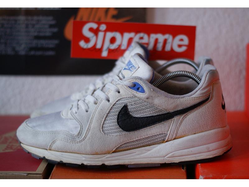timeless design f5441 0220b ... Nike Air Skylon TC ae1038d Running Shoe White Orange Teal 1993  85777cef e1bf710 a6a2bce8 ...