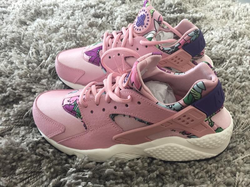 445062236419 ... Nike air huarache Aloha floral pink size 39 - photo 1 4 ...