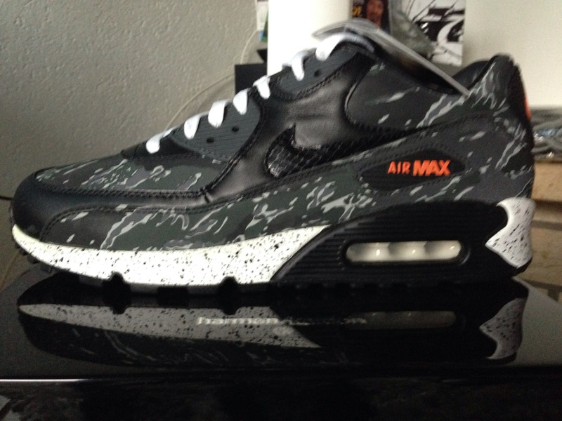 hot sale online b8520 eb1e6 Nike Air Max 90 Premium Atmos Black Tiger Camo ( 176622) from Ali at KLEKT