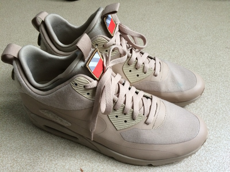 air max 90 sneakerboot patch sand