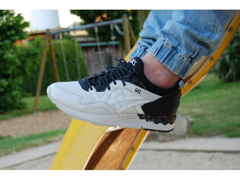 asics gel lyte v light and shadows