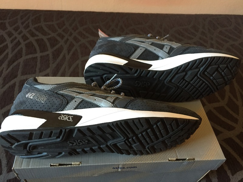 Asics Gel Saga Running Shoes Yellow Black : Shop Asics Trainers UK