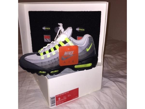 Nike Air Max 95 - photo 1/1
