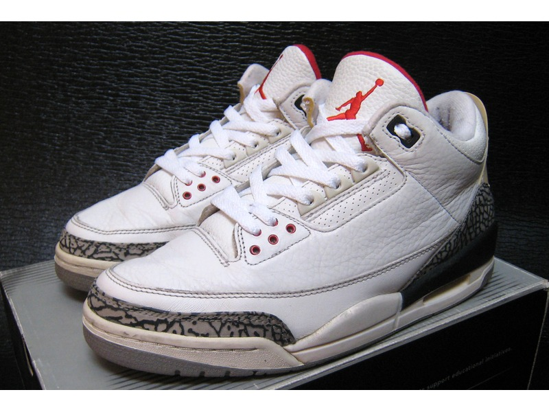 new products f40e0 3b1af inexpensive air jordan 3 hvit laces 1700c b55a6