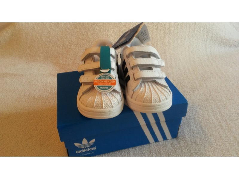 adidas originals superstar baby schuhe 220893 from daim. Black Bedroom Furniture Sets. Home Design Ideas