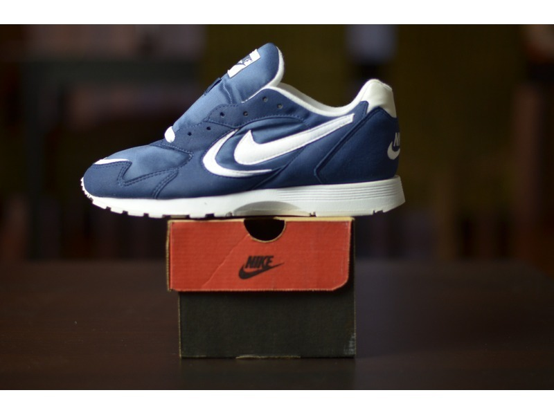 Nike Outburst Vintage from 1996 Navy Deadstock - photo 1/2