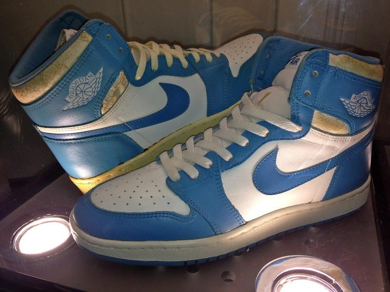 Trade In Marketplace >> Nike Air Jordan 1 High ORIGINAL 1985 Carolina blue - White ...
