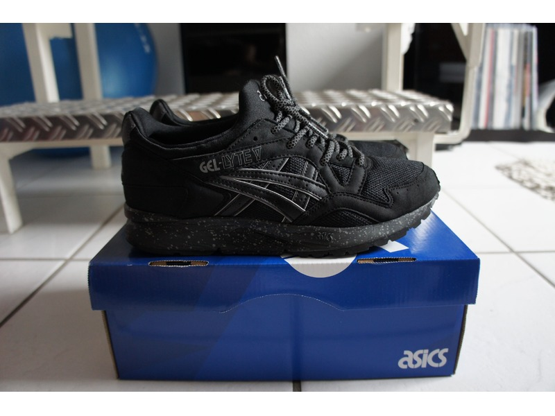asics gel lyte rouge foot locker