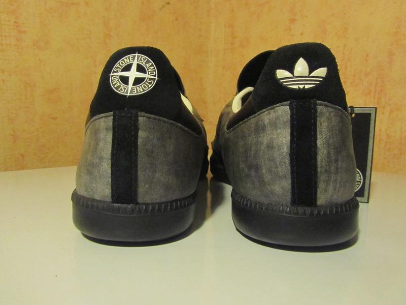 online store 1c8c3 94c62 stone island adidas nmd