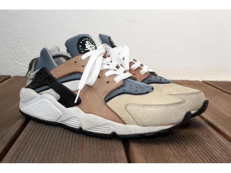 f89bf71aaecc nike air huarache escape