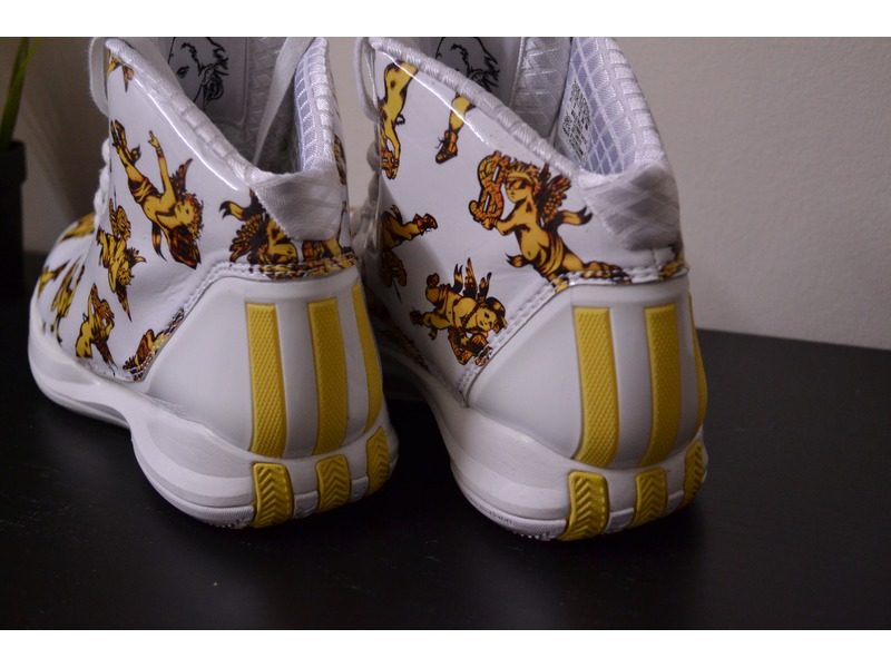 Jeremy Scott X Adidas Rose 3.5
